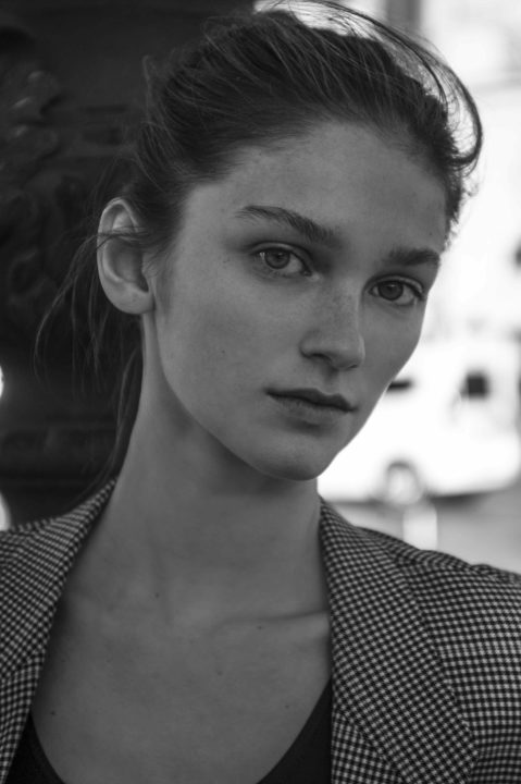 Olivia Jubin Photo 5