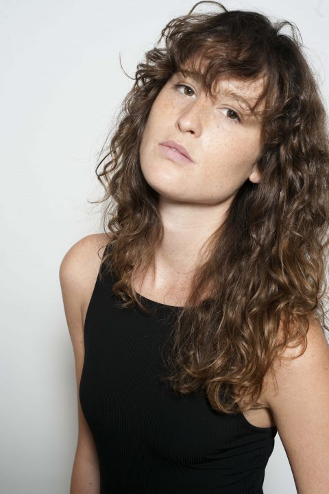 Drielly Oliveira Photo 0