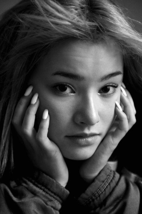 Ayumi Roux Photo 6